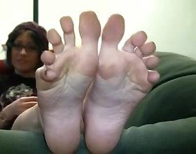 Japanese Spread Toes: Free Amateur Porn Video 52 -