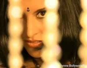 Loving the Bollywood Babe is Easy, Free Porn 6b: