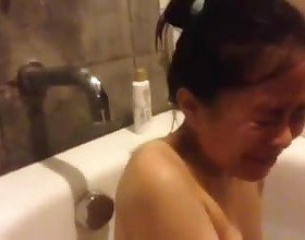 I get Cumshot on Bathtub, Free Asian Porn 15:
