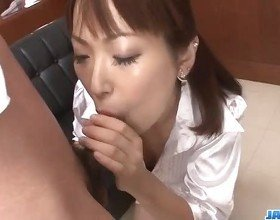 Nonoka Kaede Asian milf deals two younger cocks