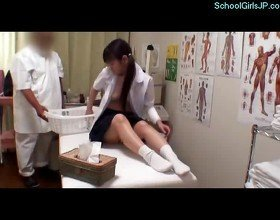 Schoolgirl Massaged And Fingered By The Masseur